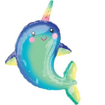 Дельфин с радужным рогом