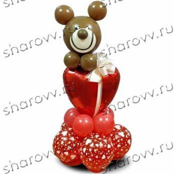 """Фигура из шаров """"Влюбленный мишка"""""""