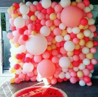 Фотозона из шаров Bubble gum